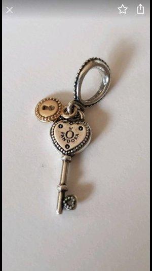Pandora Schlüssel