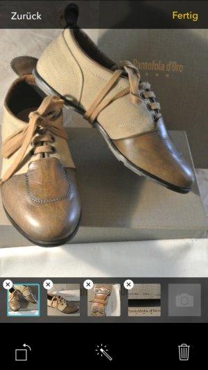 Pantofola D'oro im Leder Cavas Stil
