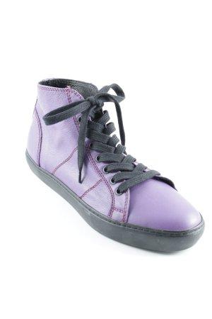 Pantofola d'oro Schnürsneaker lila-schwarz Street-Fashion-Look