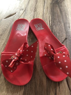 Colors of California Mules red
