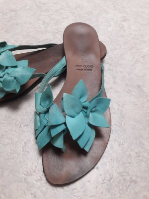 Laura Lenti Sabots turquoise imitation leather
