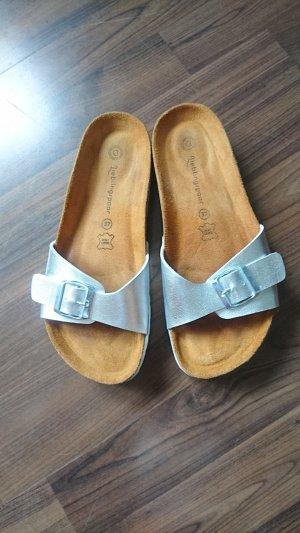 Pantoufles argenté