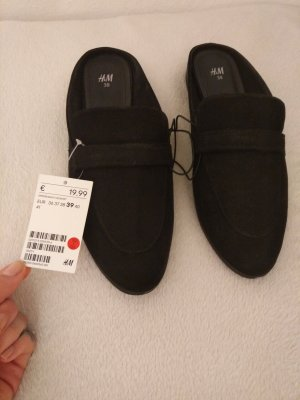 Pantoletten in schwarz Gr. 39 von H&M Neu und ungetragen! mit Etikett