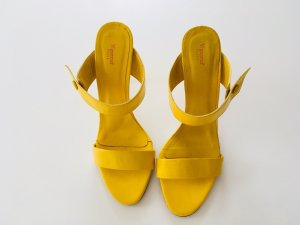 Vigneron Heel Pantolettes yellow