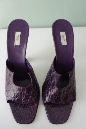 Prada Sandalo con tacco viola scuro-lilla Pelle