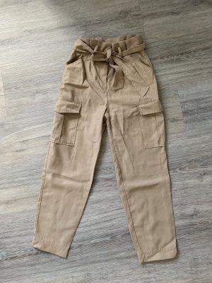 H&M Pantalón de camuflaje beige