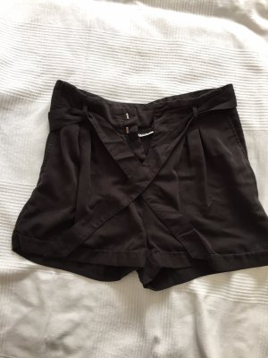 Paperbag Shorts Only