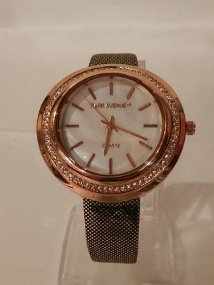 Montre analogue multicolore bronze