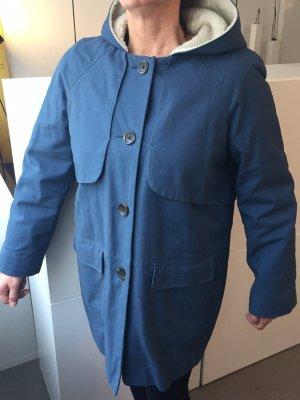 Parka in tollem Blau mit Kapuze und abknöpfbarem Teddyfutter, Gr. 40