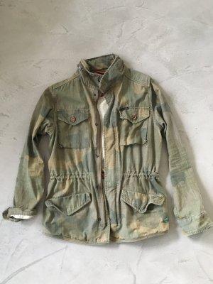 Parka // Military Jacke // Camouflage // Maison Scotch