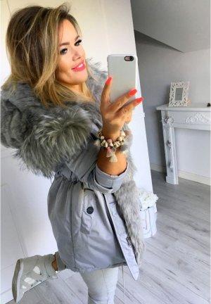 Parka NEU ✔ Anorak Jacke Mantel Winterjacke Wintermantel Fell Fake Fur gefüttert Kunstfell XL Kapuze silber Fell Größe M