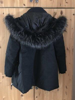 Parka Winterjacke mit schwarzem Pelz