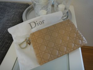 Party Clutch: Dior Panarea Beige und Gold