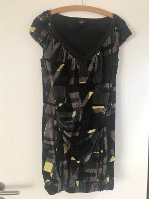 Partykleid aus Nikki-Stoff mit Raffungen