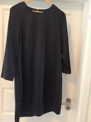 Partykleid mit raffiniertem Rückenausschnitt von H&M