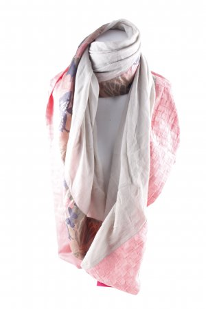 Pashmina mixed pattern casual look