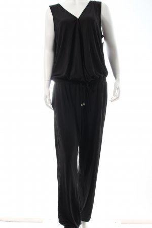 Passport Jumpsuit schwarz Street-Fashion-Look