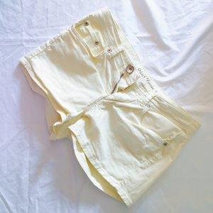 Pastel gelbe sommerliche Shorts