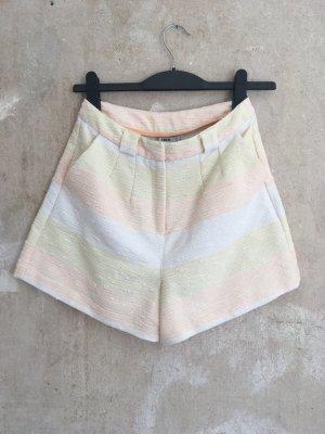 Pastell-gestreifte Sommer-Shorts Asos