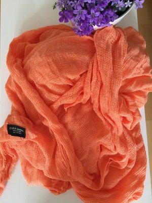 Pastell- orangener Schal von Zara