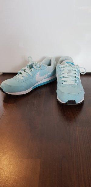 Pastell-türkise Sneaker Nike Größe 40,5 Casual