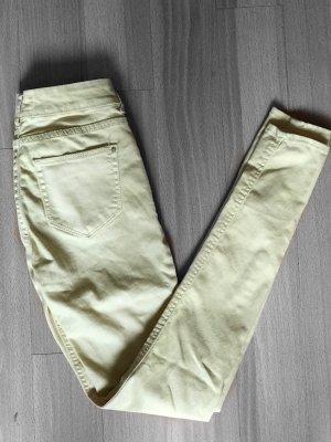 Pastellfarbene Jeans