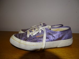 Pastellfarbene Superga Sneakers