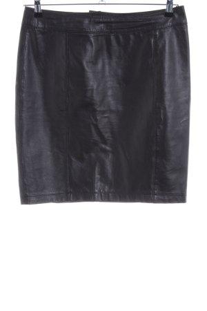 Patrizia Dini Leren rok zwart elegant