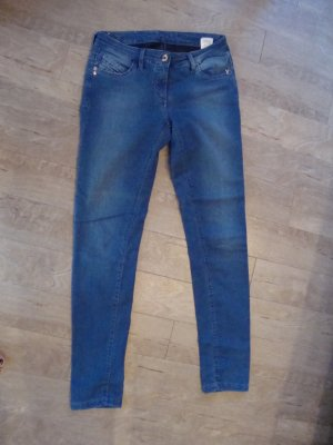 Patrizia Pepe Jeans 100% Original Gr. 27 wenig getragen WIE NEU!!!