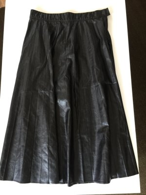 Patrizia Pepe Pleated Skirt black