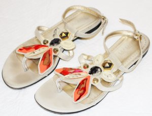 Patrizia Pepe Toe-Post sandals gold-colored leather