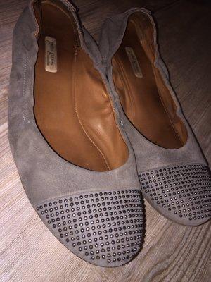 Paul Green Ballerinas gr.6,5 40 grau Nieten Leder slipper top Schuhe