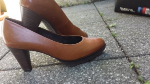 online store f1ca5 87a5c Paul Green Pumps cognac-coloured