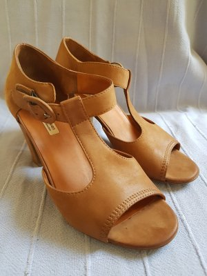 Paul Green T-Strap Sandals light brown-camel
