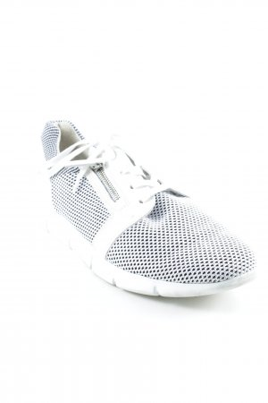 Paul Green Lace-Up Sneaker white-black street-fashion look