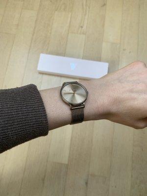 Montre avec bracelet métallique multicolore métal