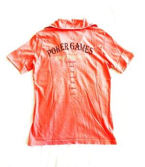 peachfarbenes shirt mit druck auf dem rücken