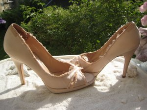 Pedro Garcia ´Luxus High Heels Bezaubernd Edel Used Apricot Satin NP 285 € Top