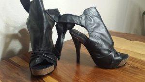Peeptoe Heel schwarz Glattleder