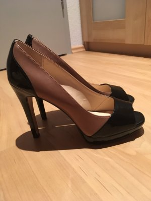 Peeptoe Pumps Lackleder Optik