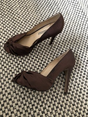 Peeptoe Pumps von Buffalo London