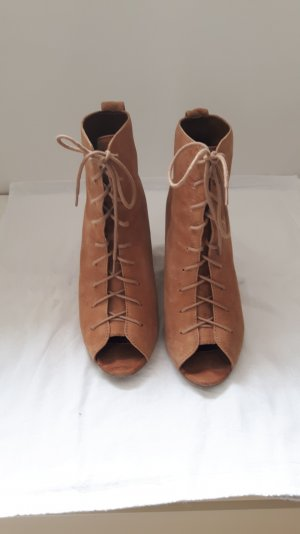 Peeptoe Wildleder Booties zum Schnüren mit Keilabsatz von Zara Woman in Größe 39