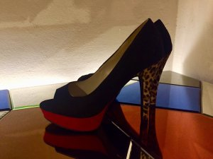 Peeptoes mit Leopardenabsatz / Rockabilly