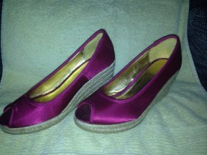 Peeptoes von H&M in magenta