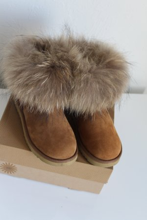 79ce71099e2 UGG Australia Second Hand Online Shop