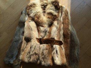 Pelzjacke aus echtem Fell mit Lederschnalle - Gr. 34 36