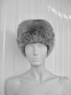 Christian Dior Fur Hat multicolored pelt