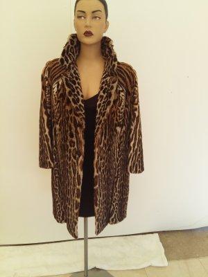 Manteau de fourrure beige-noir pelage