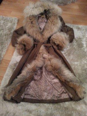 Abrigo color bronce