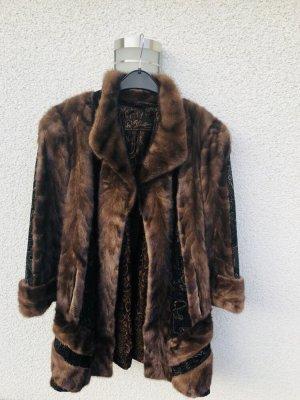 Manteau court brun foncé